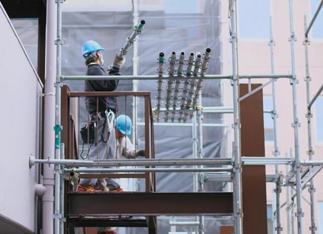なぜ建設業は人手不足が改善されないのか?