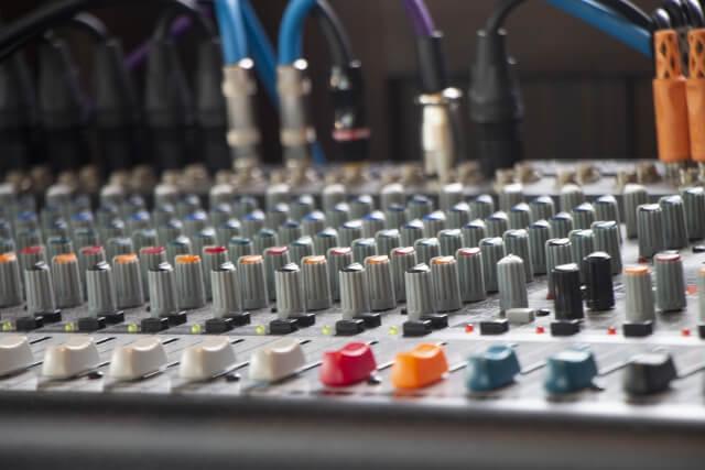 音楽業界はブラックで厳しい環境だった!事務員が限界に感じた理由とは?